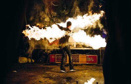 René Albert | Feuerartistik – Asics FrontRunner – Feuershow -- ASICS Urban Pack Weekend