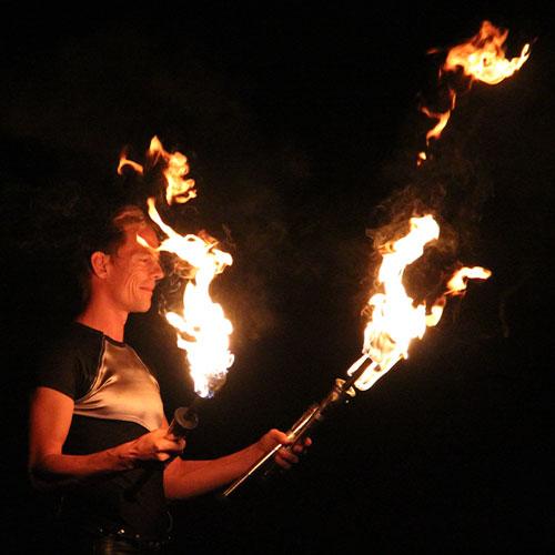 René Albert | Feuerartistik