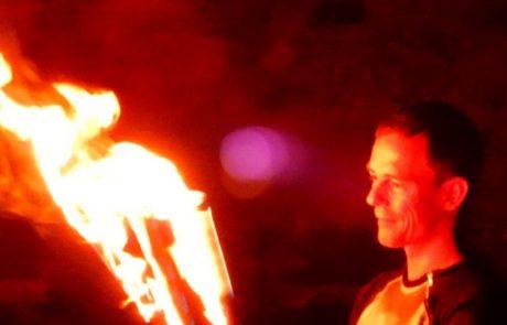 Night of Light 2020 Landesburg Zülpich René Albert Fackeln Feuershow